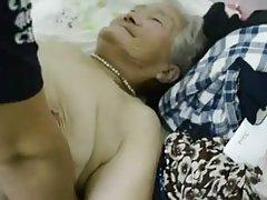 应用程序的准则,英属维尔京群岛奶奶泰勒性别的视频